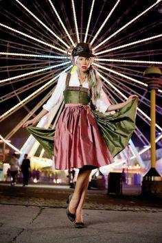 Dirndl at the fair - why not? #dirndl #dress #German #Austrian #folk #traditional #costume #Oktoberfest