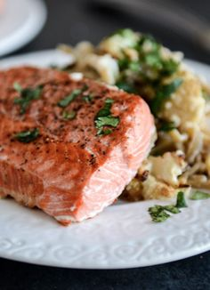 Broiled Salmon and Roasted Garlic Cream Noodles with Crispy Cauliflower + Toasted Pine Nuts | howsweeteats.com