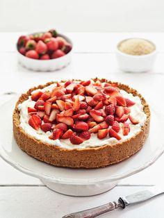 strawberry & cream tart