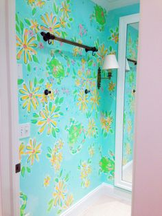 Lilly Pulitzer Dressing Room in Bethesda, MD
