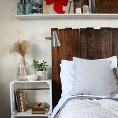 DIY reclaimed wood headboard made from pallets.