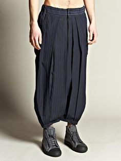 yohji  Yamamoto samurai pant, fashion, yohji samurai, trousers, travel wear, blues, yohji yamamoto
