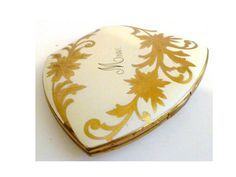 Vintage Women's Elgin Compact Powder by ClearlyRustic on Etsy, $26.00