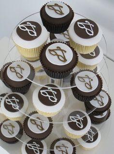 Eyeglass cupcake