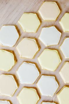 hexagon cookies--these would be very fun to dye and tessellate
