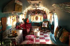 """Inside Miranda Lambert's Airstream...""""Sometimes I wish I lived in airstream, homemade curtains, live just like a gypsy...cause gypsies never get tied down"""""""