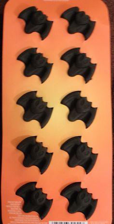 Bat ice cube tray