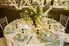 Sage and Ivory color palette for your spring wedding.