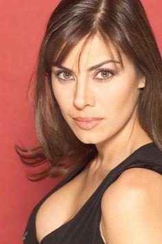 Sandra Destenave- Actriz y conductora mexicana