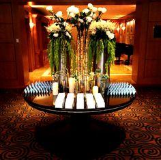 Elegant place card table #WeddingWednesday