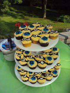 Trust Implicitly: Minion Cupcakes