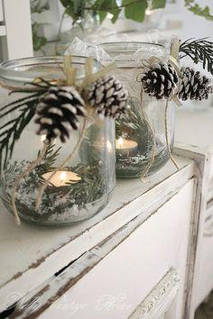 Winter party ideas: pinecones
