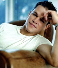 Today's Hottie: Matt Damon. Does it get any more all-american boy next door hot than this? I think not!