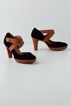 Suffolk Crossed Heels