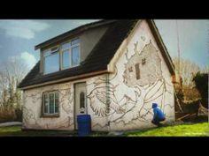 AMAZING - Graffiti on a house