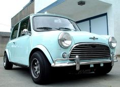 I love Mini Coopers! I recently saw a teal one, and am definitely in lust.