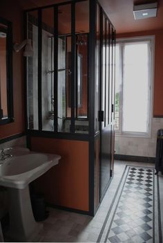 Marianne Evennou Orange Bath and Shower, Remodelista