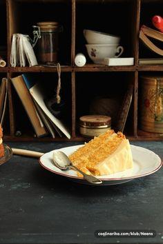 Torta od mrkve s kremom od vanilije