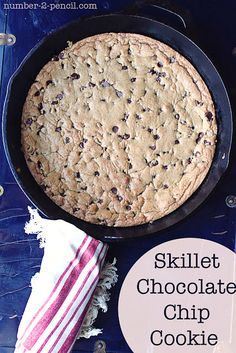 skillet chocolate chip cookie by @Melissa Squires Mondragon {no. 2 pencil} at TidyMom.net skillets, iron skillet, chocolate chips, chocolates, food, chip cooki, chocol chip, decorated cookies, skillet chocol