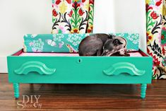Spoiling the Dog! DIY Dog Bed {repurposed Dresser Drawer}