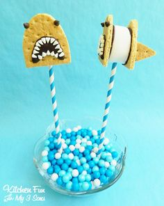 Kitchen Fun With My 3 Sons: Shark S'mores Pops