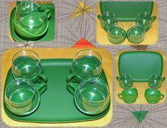 ¡¡Vendido!! Juego de café o té de los años 70. http://myworld.ebay.es/olgacintora