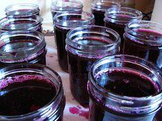 Concord grape jelly