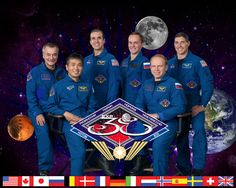 The Expedition 38 crew. Astronaut Rick Mastracchio is third from the left in the back row.