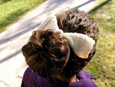 Easy Knitted Bow - Free Knitting Pattern