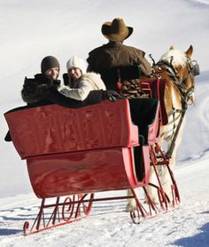 Great Wedding Gift Experiences : Winter Themed Gift Ideas and Experiences for Your Wedding Registry ...