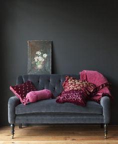 interiors   dark grey and a hint of fuchsia purple   loving it