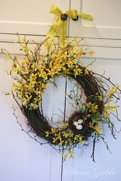 StoneGable: FORSYTHIA with bird nest WREATH TUTORIAL