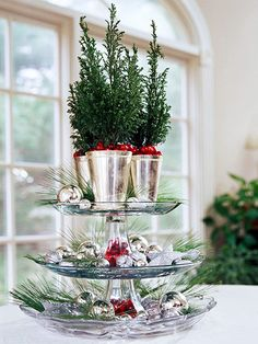 cranberri, christmas centerpieces, christmas tree ideas, holiday centerpieces, silver, christma decor, holidays, christmas trees, cake plates