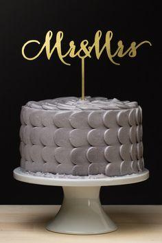 'Mr. & Mrs.' cake topper