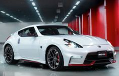 2015 Nissan 370Z NISMO Front Side View