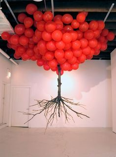 Myeongbeom Kim bees, helium balloons, colors, surreal sculptur, balloon tree, tree art, black, parti, the roots