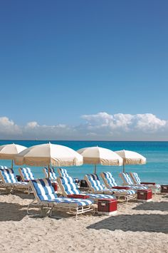 Between sunny beaches, blue waters, a buzzing art, food, and shopping scene—Miami is hard to beat. #Florida