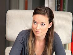 That charcoal is perfection on her! Olivia Wilde