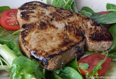 Tuna in a mirin, soy and yuzu glaze http://www.london-unattached.com/2014/08/healthy-grilled-tuna-5-2-diet/