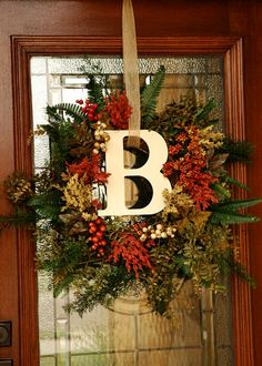 christmas wreaths, holiday wreaths, craft, front door wreaths, decorating ideas