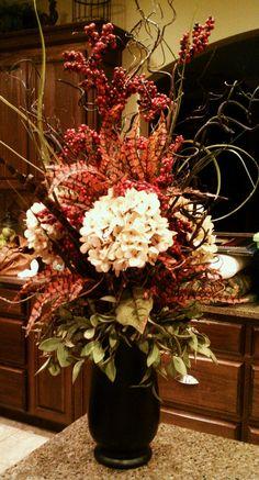 flower arrang, idea, fall decor, fall arrang, autumn, fall greeneri, floral arrangements, dining table arrangements, kitchen wall