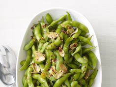 Chile-Garlic Edamame Recipe : Food Network Kitchens : Food Network - FoodNetwork.com