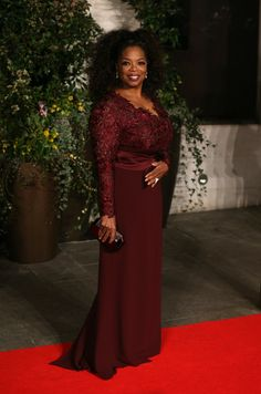 Oprah Winfrey arrives for an official dinner party after the EE British Academy Film Awards at The Grosvenor House Hotel on February 16, 201...