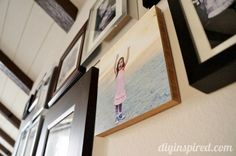 Awesome Tips for Hanging Pictures for a Gallery Wall  - #ad #promocode #theartofprinting http://www.diyinspired.com/tips-for-hanging-pictures/