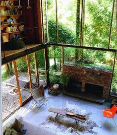 windows! Fireplace!