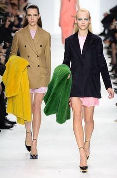 Dior autunno inverno 2014 2015  #dior #womenswear #abbigliamentodonna #vestiti #clothes #autunnoinverno #autumnwinter #moda2014 #fashion #autunnoinverno20142015 #autumnwinter2015