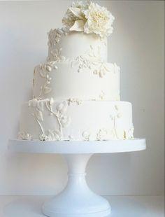 all white wedding cakes 3