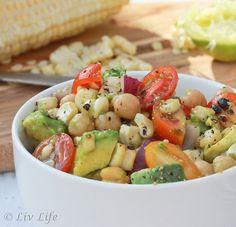 Grilled Corn Salad with Avocado, Tomato and Lime #salad #corn @livlifetoo