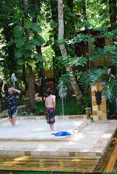 Summer Fun in a Backyard Splashpool | Ziggity Zoom