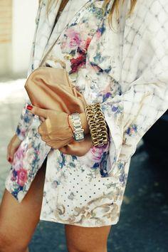 bracelet, watch.